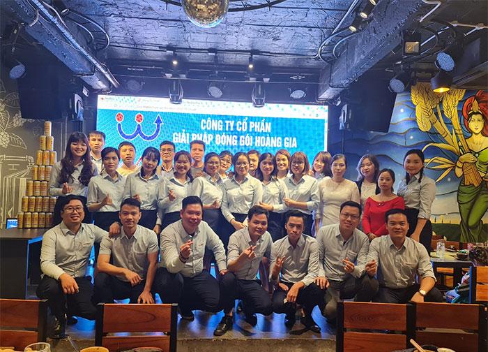 tong-ket-hoat-dong-kinh-doanh-nam-2020-hoanggiaps